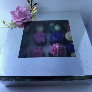 Cajita de mini cupcakes